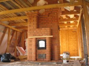 Второй этаж печь стилизованная под камин.